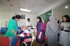 在马来西亚东盟妇女俱乐部大力开展慈善活动