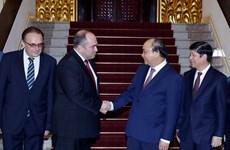 阮春福总理会见白俄罗斯副总理利亚申科