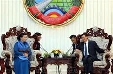 阮氏金银主席会见老挝总理通论·西苏里