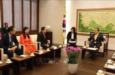 越南祖国阵线高级代表团对韩国进行工作访问