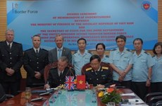 越南海关与英国边境部队管理局签署合作备忘录加强业务合作