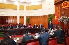阮春福总理会见越南驻外大使和首席代表