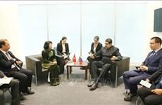 第18届不结盟运动峰会:邓氏玉盛会见各国领导