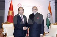第35届东盟峰会:越南政府总理阮春福与印度总理进行会晤