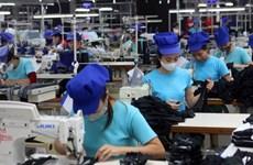 越南政府总理要求加大力度改善营商环境