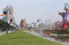 2019年柬埔寨送水节吸引400万游客参加