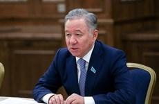 哈萨克斯坦议会下议院议长开始对越南进行正式访问
