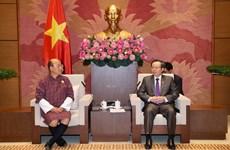 越南国会副主席冯国显会见不丹审计署审计长切细·克桑