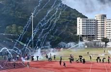 越南驻中国香港总领事馆为在港越南留学生回国提供支持
