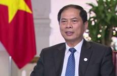 英国39人遇难事件:越南政府将先垫资金将39具遗体运送回国