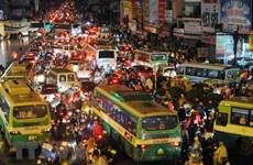 胡志明市领导赴泰寻求城市发展、防止内涝和解决交通拥堵经验