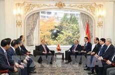 越南政府总理阮春福会见韩越友好协会主席崔英珠