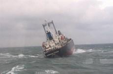 越南职能机关成功救助海上遇险的18名外国船员
