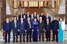 越南国会主席主席阮氏金银会见俄罗斯鞑靼斯坦共和国国务委员会主席