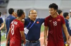 第30届东运会:主教练朴恒绪希望越南U22男足夺金 同女足队凯旋回国