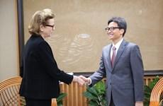武德儋副总理会见联合国开发计划署驻越代表凯特林·维森