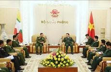 缅甸国防军总司令敏昂莱对越南进行正式访问