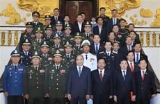 政府总理阮春福会见柬埔寨和老挝国防部长