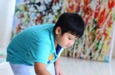越裔美国儿童画家在美国开办画展