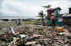 台风巴蓬登陆菲律宾 数千人无法回家