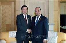 老挝总理通伦·西苏里访问越南:不断增加越老伟大的友谊