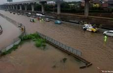 印尼水灾造成伤亡人员数量持续上升