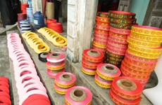 越南北部地区独一无二的头巾手工艺村正忙碌着生产