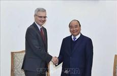 政府总理阮春福会见法国驻越大使尼古拉斯·华纳