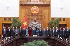 越南政府总理阮春福接见越南驻外大使和首席代表