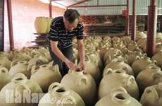 河南省老年艺人致力于保护传统手工技艺