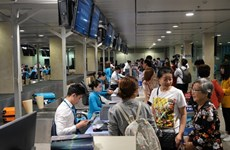 新冠肺炎疫情:越航为学生、大学生免费更改机票