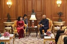 越南国家副主席邓氏玉盛会见印度共和国总统科温德