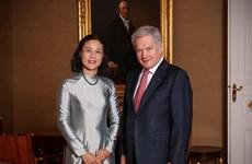 越南高度重视与芬兰交流合作