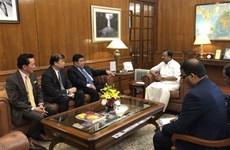 越南计划与投资部部长阮志勇对印度进行访问