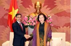 越南国会主席阮氏金银会见印度驻越大使