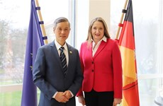 德国尼德萨克森州愿同越南加强职业培训合作