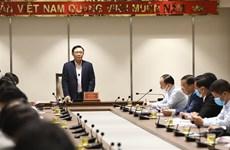 河内市委书记王廷惠对一周内建成迷灵急性呼吸病理学医院给予高度评价