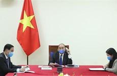 越南政府总理阮春福与中国国务院总理李克强通电话