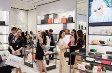 新加坡2月零售销售同比下降8.6%
