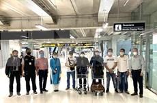 越南驻泰国大使馆成功帮助在素万那普国际机场滞留的7名越南公民回国