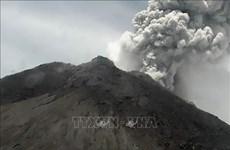 印尼默拉皮火山再度喷发