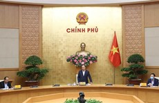 政府总理阮春福:河内市需大力同步展开促进经济恢复和发展措施