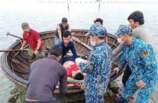 仙女岛军医力量及时救治在海上遇险的渔民