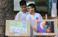 越南年轻一代齐心协力保护环境