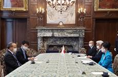 日本参议院议长高度评价越南人民在疫情阻击战中的同心协力