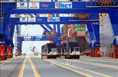 阮春福总理要求为各重点经济区成为全国经济发展火车头创造便利条件
