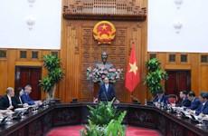 政府总理阮春福会见在越投资的中国企业代表团