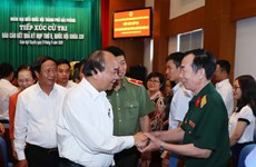 阮春福在海防市开展接待选民活动
