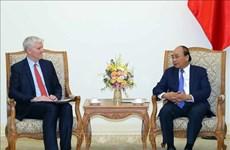 越南政府总理阮春福会见亚行驻越首席代表西奇威克