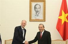 越南希望与各国合作促进辅助产业发展